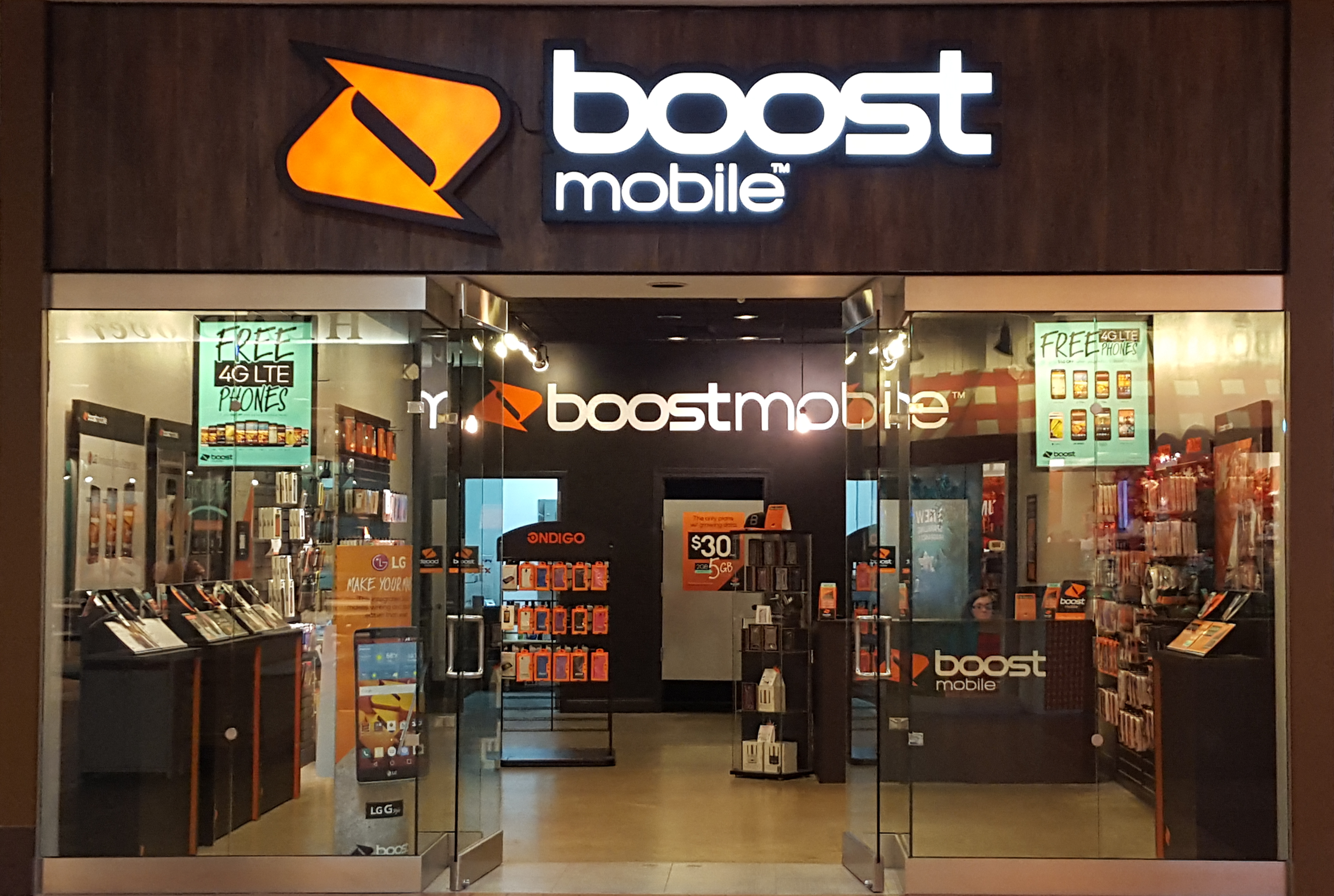 Boost mobile store design images galleries with a bite - Home decorating online stores decor ...
